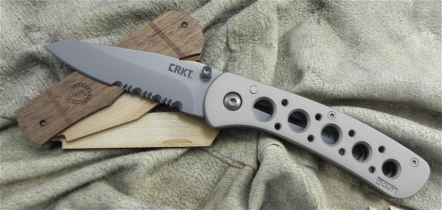 CR6612N CRKT MT RANIER LINERLOCK MEDIUM PART SERR